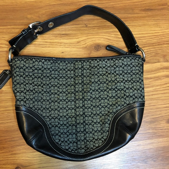 Coach Handbags - Coach Black Purse